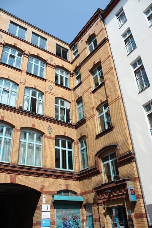 Cheap Hotels in Kreuzberg, Berlin - EuroCheapo com